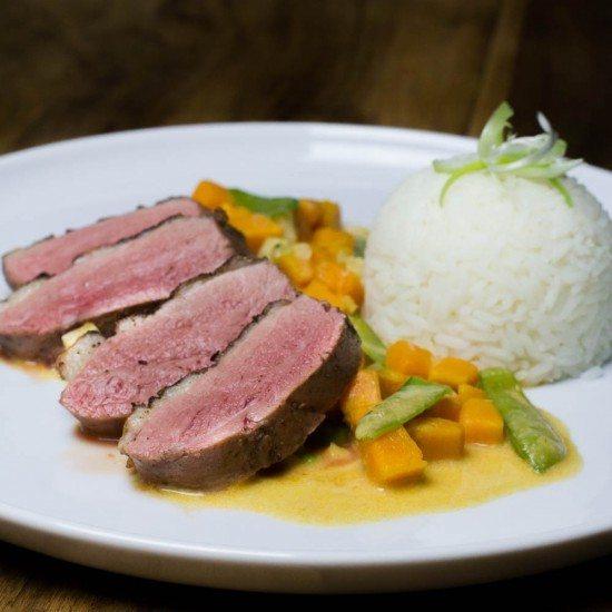 Rezept Entenbrust Sous Vide mit Süßkartoffel Thai Curry