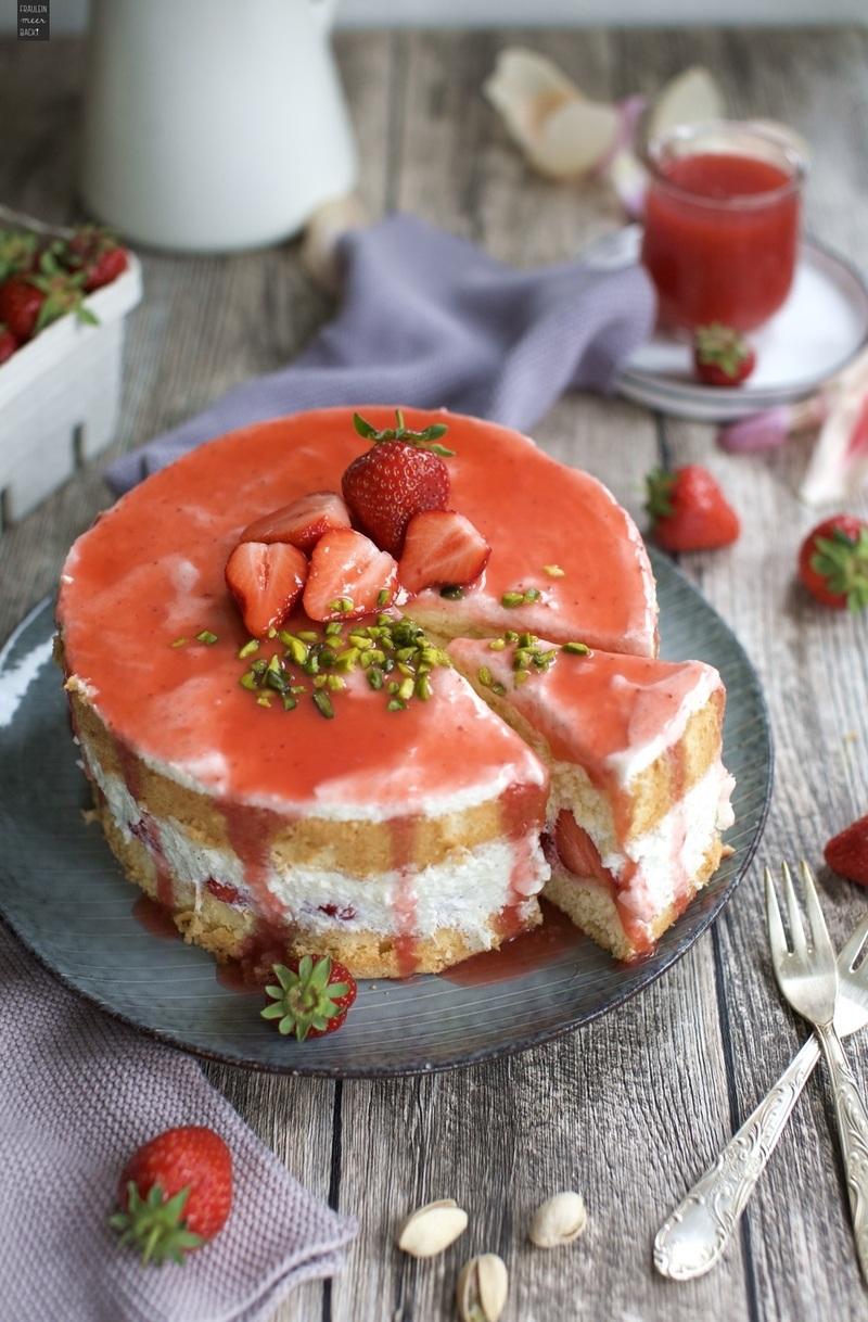 Rezept Erdbeer-Biskuit-Torte mit Joghurt