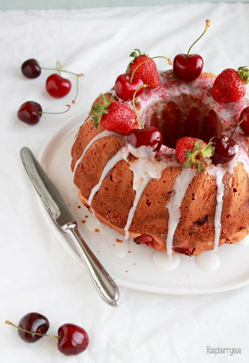 Rezept Erdbeer-Joghurt-Gugl
