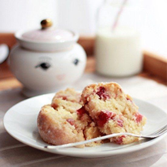 Rezept Erdbeer-Kokos-Guglhupf