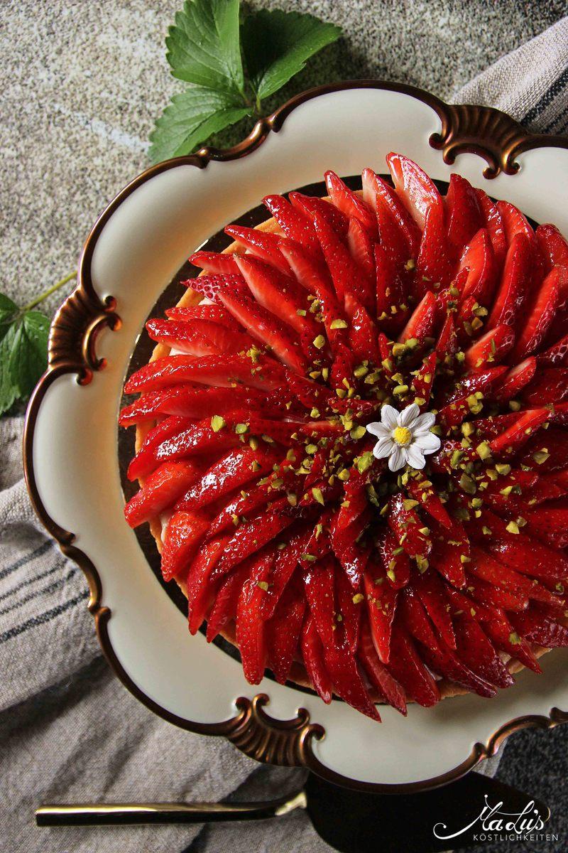 Rezept Erdbeertarte mit Pistazien, Tonka und Zitronenfrischkäsecreme