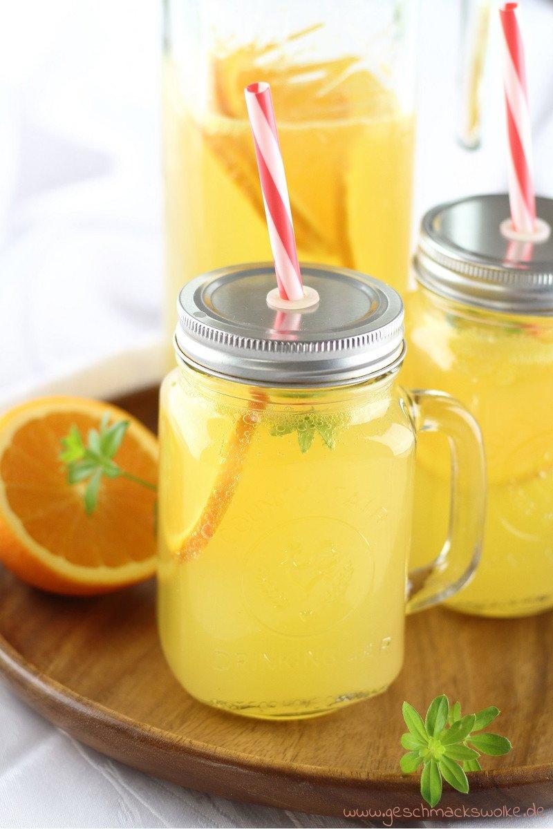 Rezept Erfrischende Abkühlung: Orangen-Waldmeister-Limonade