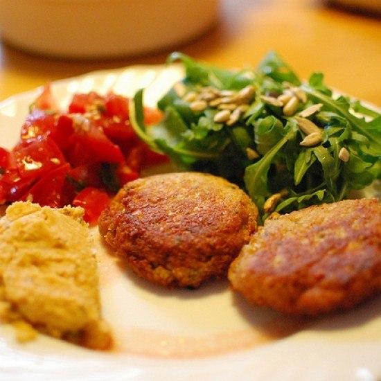 Rezept Falafel mit Humus und Salat