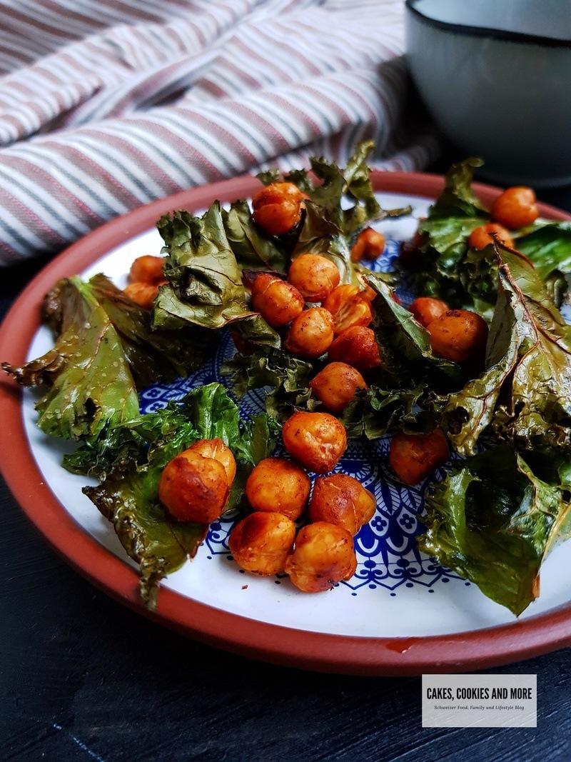Rezept Federkohlchips mit gerösteten Kichererbsen