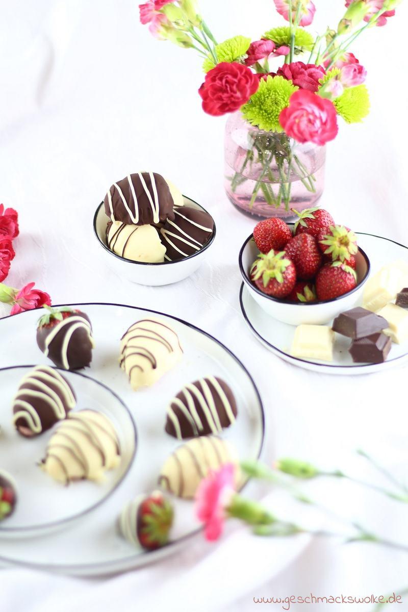 Rezept Feine Erdbeer-Joghurt-Eispralinen