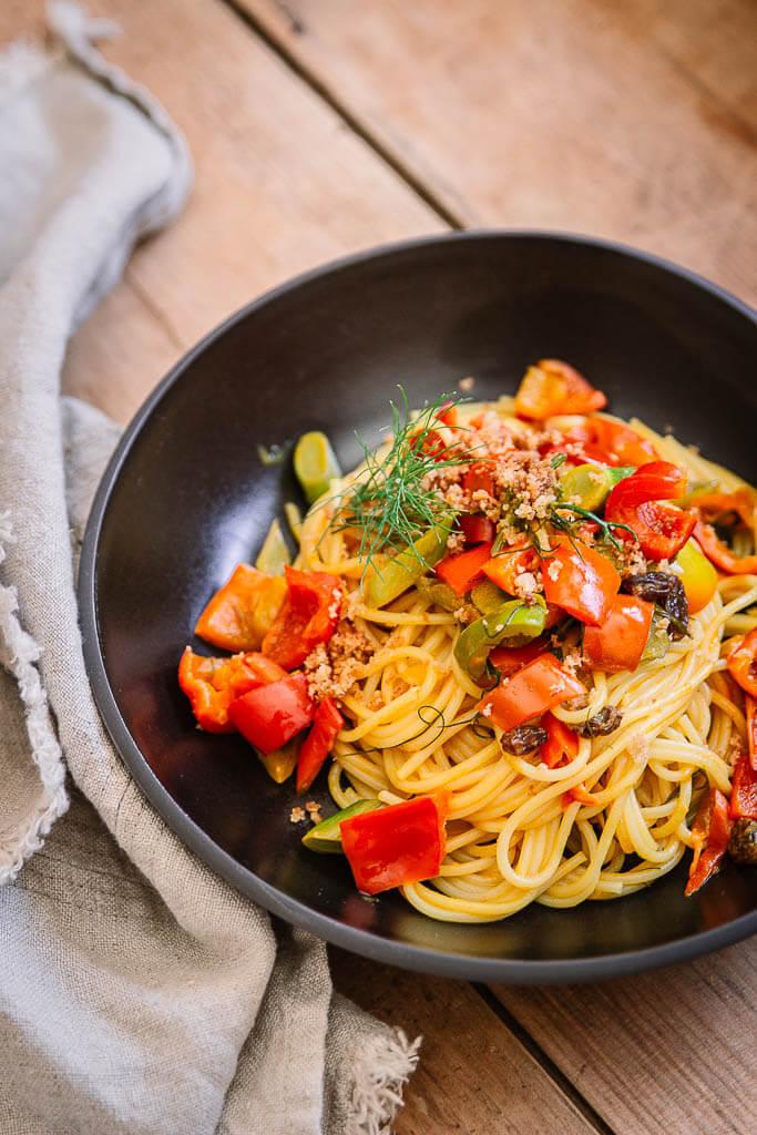 Rezept Fenchel Pasta mit Paprika und Rosinen