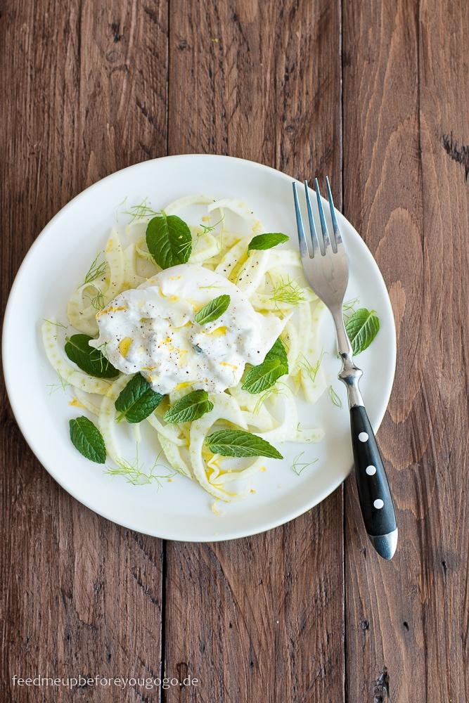 Rezept Fenchel-Salat mit Burrata, Zitrone und Minze