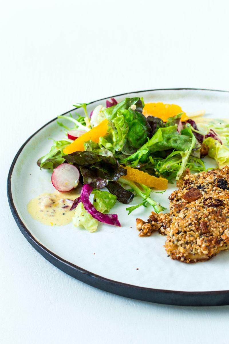 Rezept Fitness-Salat mit Orangendressing und Müslihähnchen