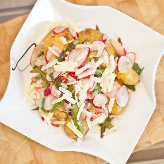 Rezept Frühkartoffeln mit grünem Spargel und Radieschen