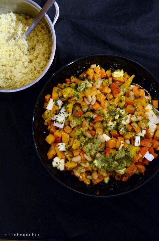 Rezept Gebackener Kürbis-Süßkartoffel-Salat mit Hirse und Feta