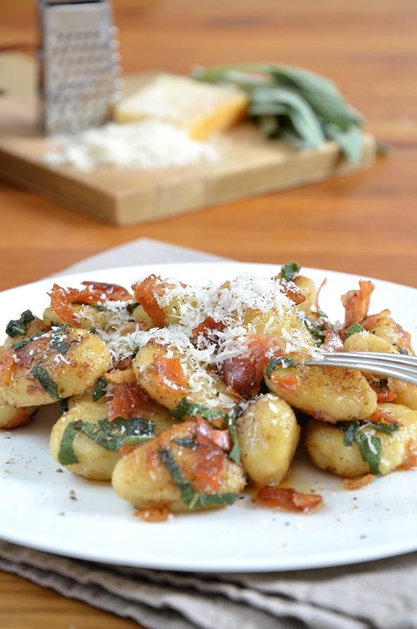 Rezept Gebratene Gnocchi mit Pancetta, Salbei und Parmesan