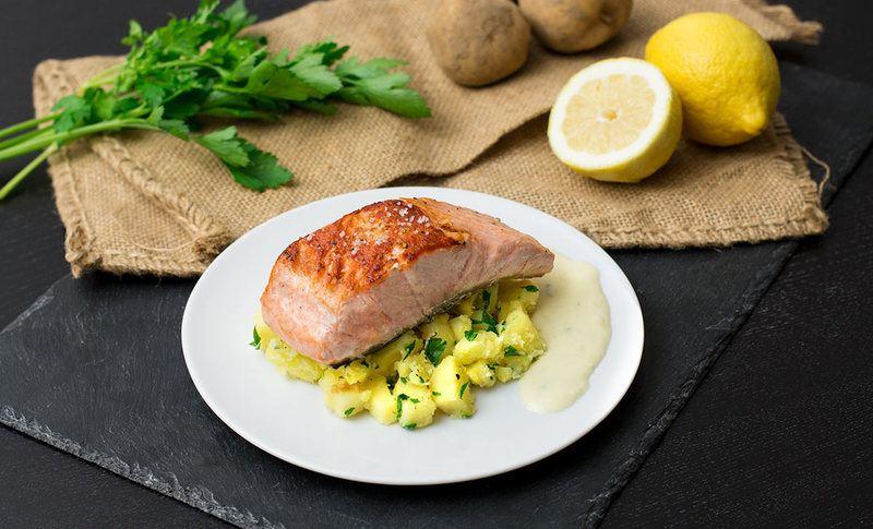 Rezept Gebratener Lachs mit Kartoffelwürfeln