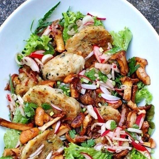 Rezept Gebratener Semmelknödel-Salat mit Pfifferlingen