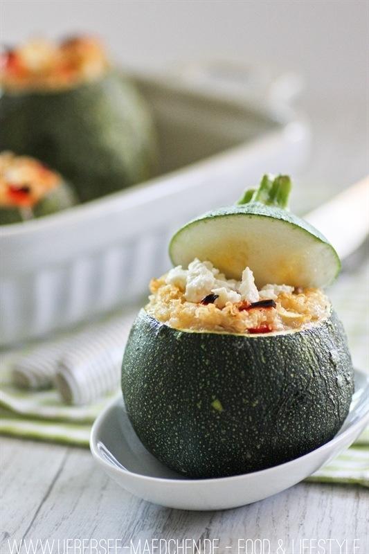 Rezept Gefüllte runde Zucchini mit Quinoa-Gemüse und Feta