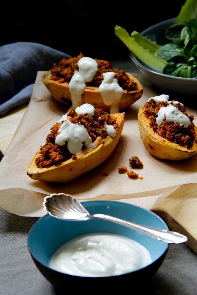 Rezept Gefüllte Süßkartoffel mit Tofuhack und Knoblauchdipp