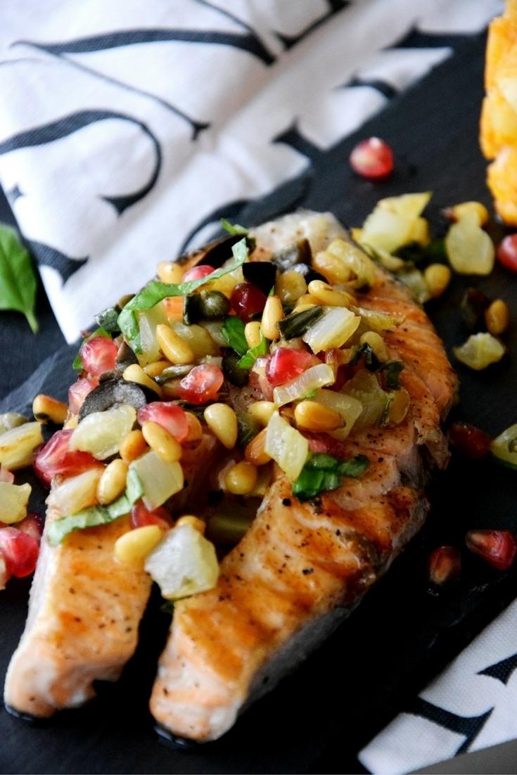 Rezept Gegrillter Lachs mit Pinienkern-Salsa (aus dem Film Bridget Jones' Baby)