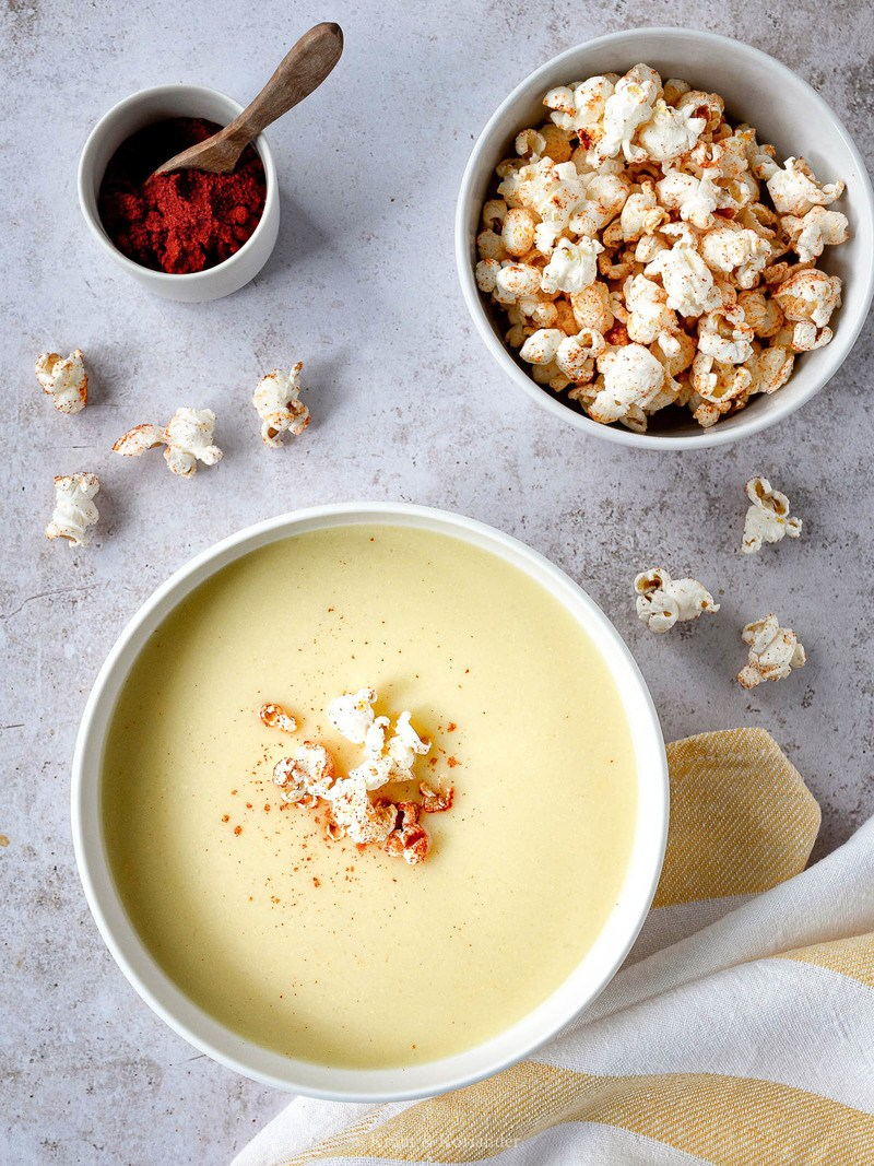 Rezept Gelbe Paprika-Mais-Suppe mit Popcorn