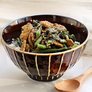 Rezept Gemüse und Wakamealgen in Sesamsauce