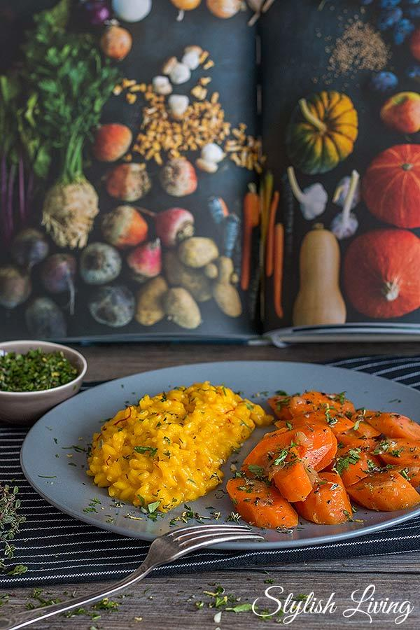 Rezept Geschmorte Karotten mit Safranrisotto und Thymian-Gremolata