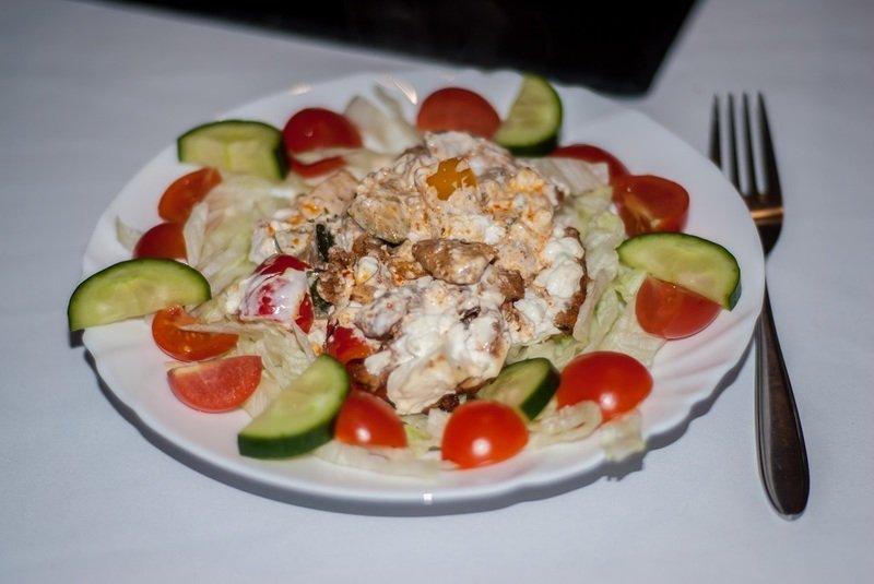 Rezept Geschnetzeltes Gyros art auf Salat