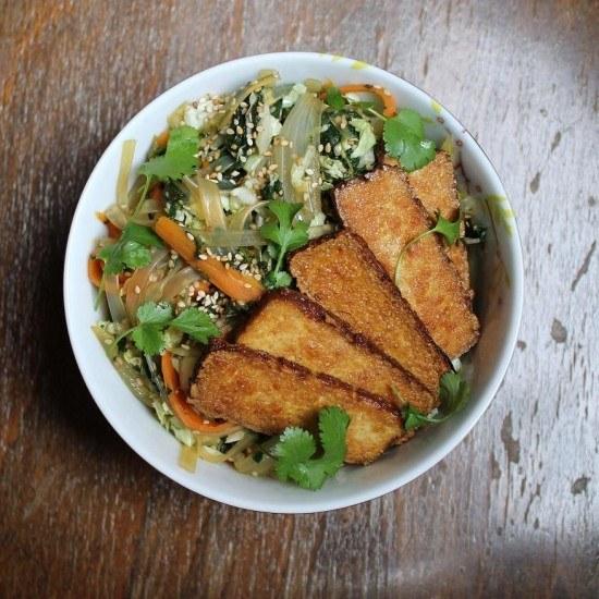 Rezept Glasnudelsalat mit Spinat, Karotte und Sesam