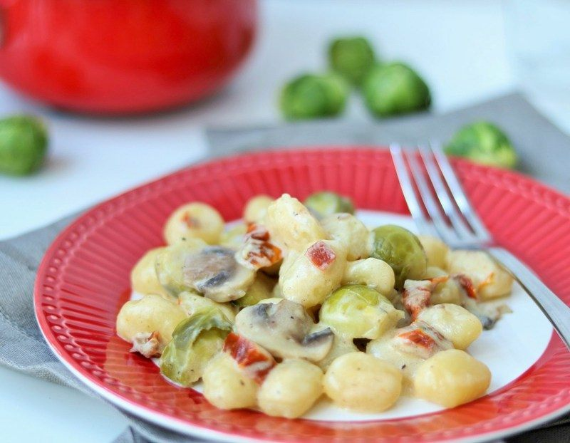 Rezept Gnocchi mit Rosenkohl, Pilzen & getr. Tomaten