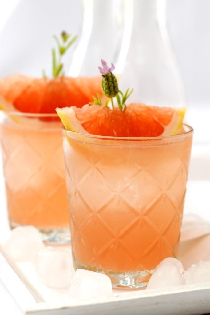 Rezept Grapefruit-Rosé, der schnelle Sommer-Aperitif aus Südfrankreich. Oh la la!