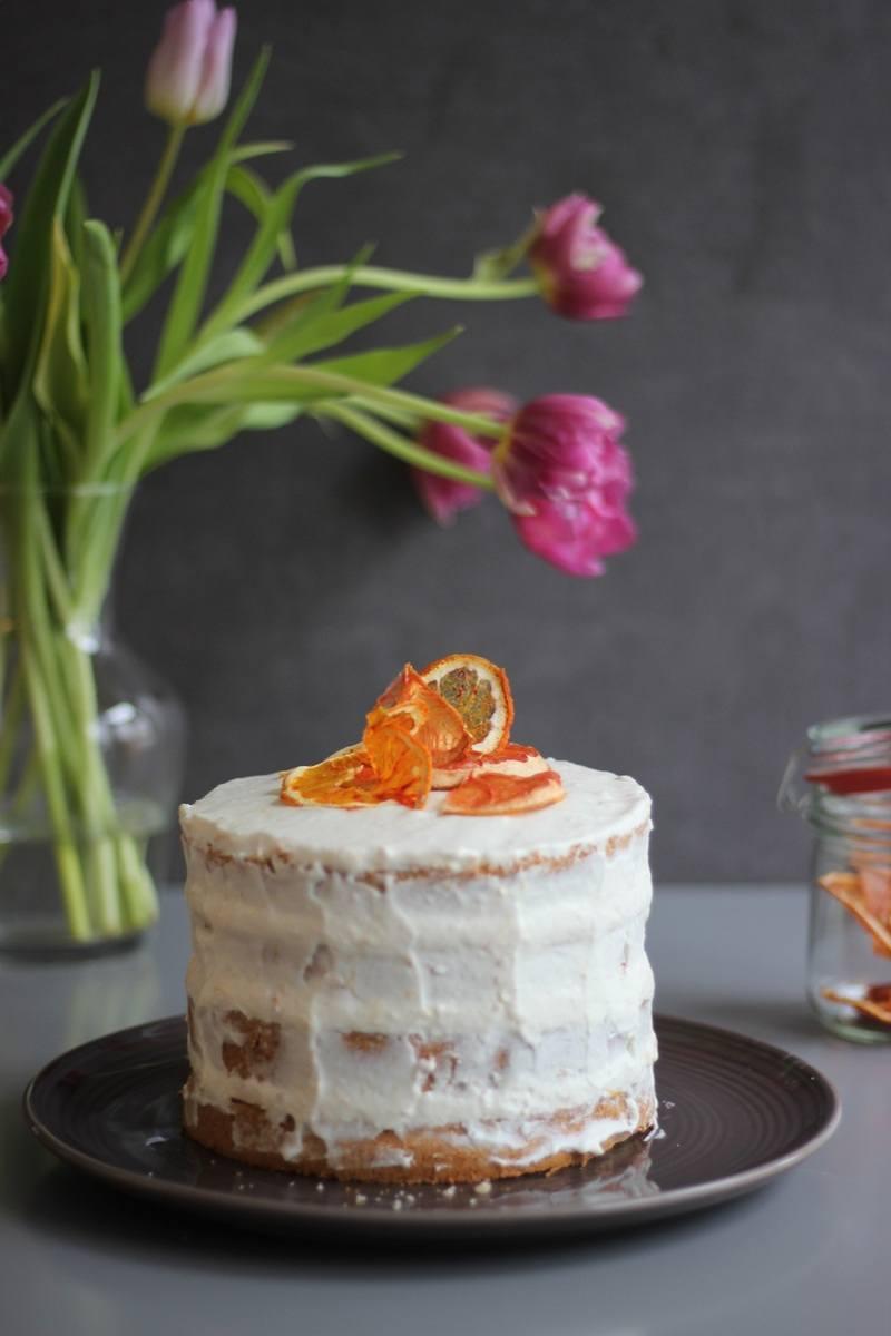 Rezept Grapefruit-Torte mit Mandelbiskuit und Grapefruit-Gin-Sirup