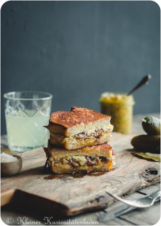 Rezept Grilled-Cheese-Sandwich mit Steinpilzpesto