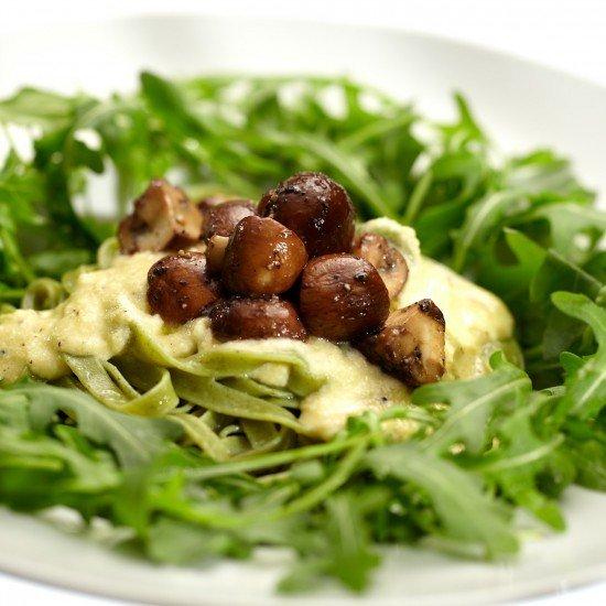 Rezept Grüne Bandnudeln mit Parmigiano-Sahne-Sauce