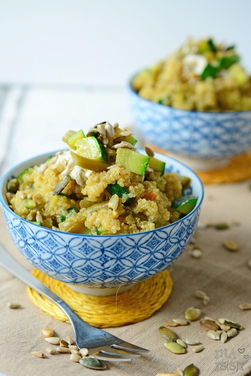 Rezept Grüner Curry-Quinoasalat mit Zucchini und Bohnen
