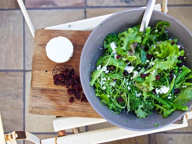 Rezept Grüner Salat mit Cranberries und Feta.