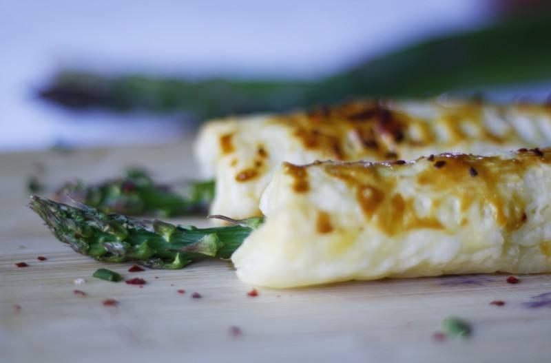 Rezept Grüner Spargel mit Frischkäse in Blätterteig