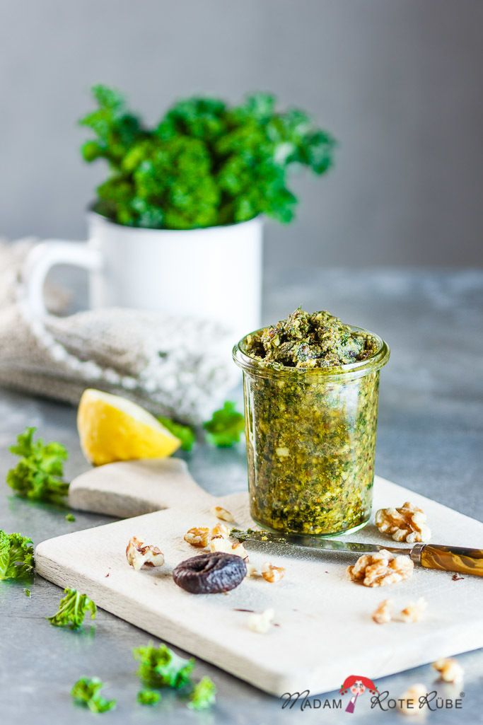 Rezept Grünkohl-Pesto mit Feige bringt Pep und Würze ans Essen