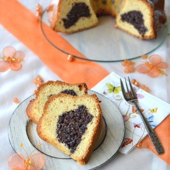 Rezept Gugelhupf mit Mohn-Mandel-Cranberry-Füllung