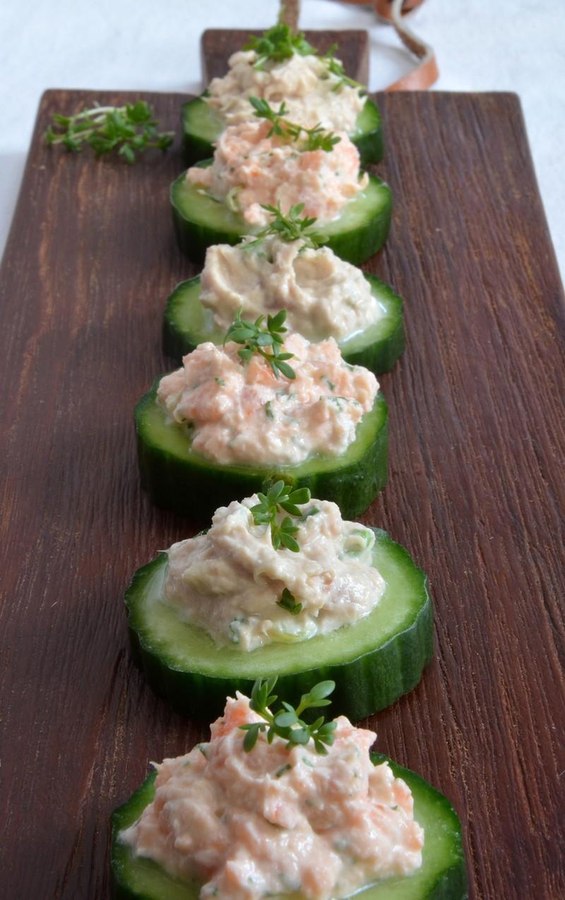 Rezept Gurkenhäppchen mit Lachs- und Thunfischcreme