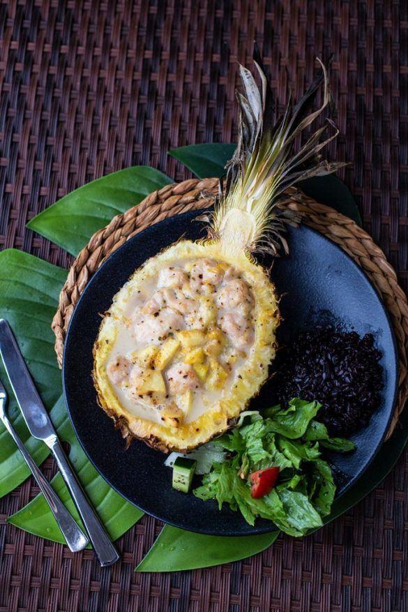 Rezept Hähnchen in Ananas grillen - Thailändisches Curry