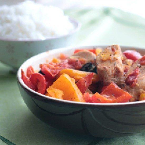 Rezept Hähnchen mit Paprika, Rotwein und Reis