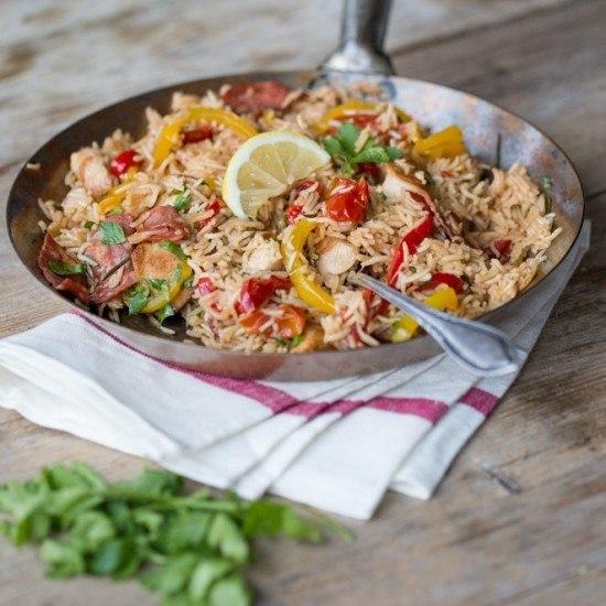 Rezept Hähnchen-Paella mit Paprika und Chorizo