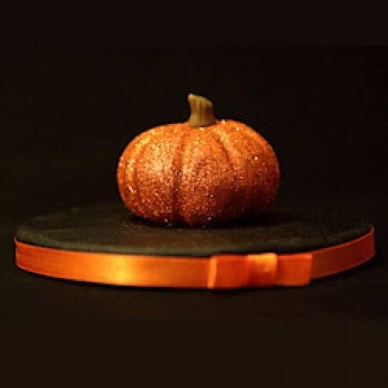 Rezept Halloween Glitzer Kürbis aus Zucker modelliert