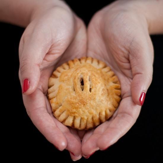 Rezept Hand Pies mit Birnen-Amaretto-Zimt-Füllung