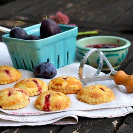 Rezept Hand Pies mit Pflaume oder Birne-Gorgonzola