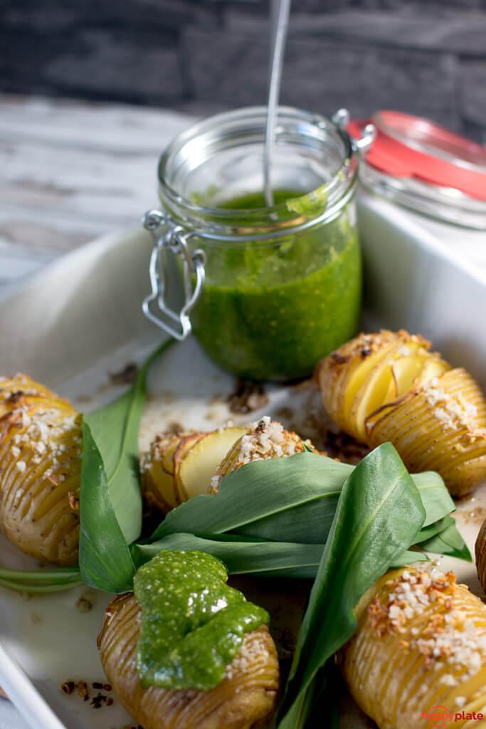 Rezept Hasselback Potatoes mit Bärlauch Pesto