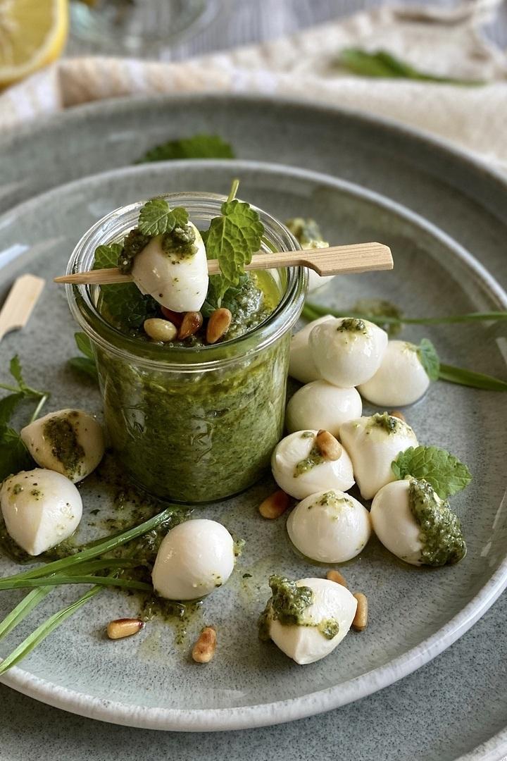 Rezept Hausgemachtes Zitronenmelisse-Pesto
