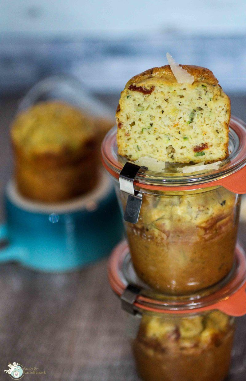 Rezept Herzhafte Zucchinimuffins im Glas