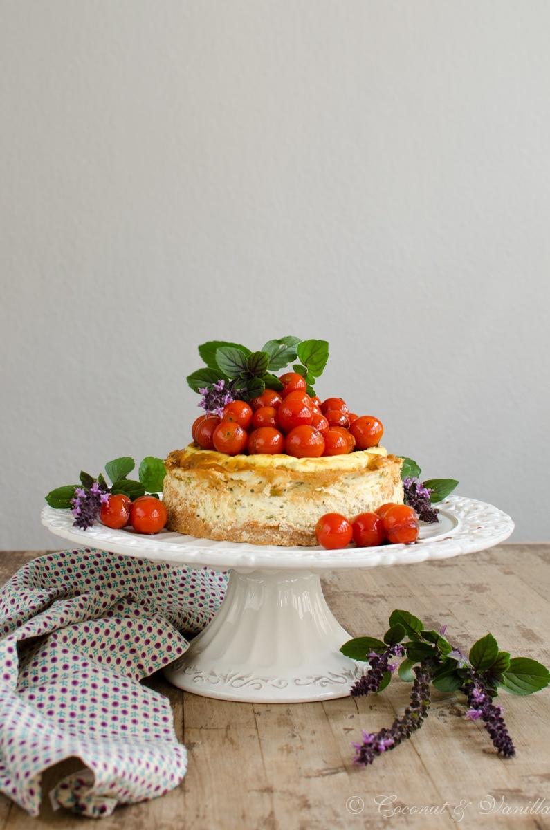 Rezept herzhafter Ziegenkäse-Cheesecake mit karamellisierten Balsamico-Tomaten