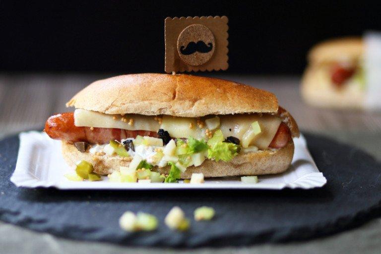Rezept Hotdog mit Sellerie-Relish und Trüffelmayonnaise