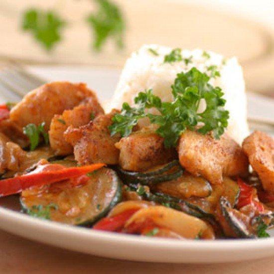 Rezept Huhn auf Erdnuss-Ratatouille