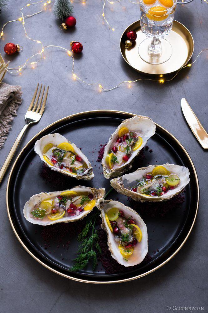 Rezept In der Schale gegrillte Austern mit Dill-Granatapfel-Trauben-Vinaigrette