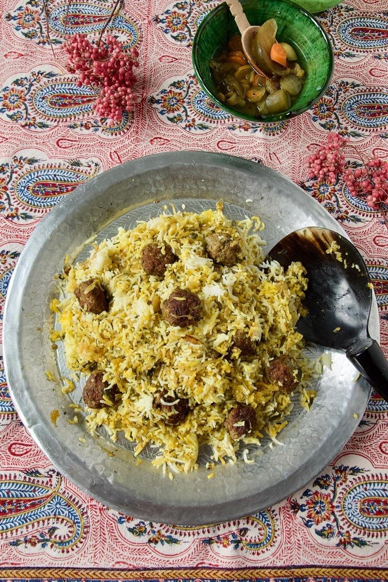 Rezept Kalam Polo Shirazi - Safran-Kräuter-Reis mit Spitzkohl und Hackbällchen
